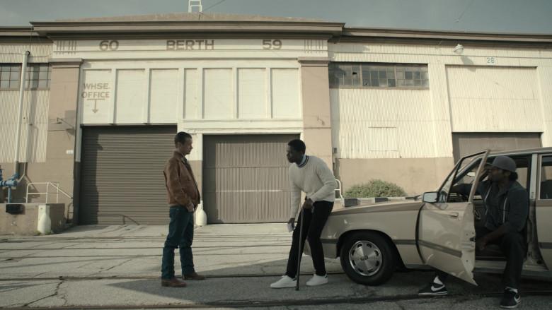 Nike Men's Sneakers (Black) in Snowfall S04E02 Weight (2021)