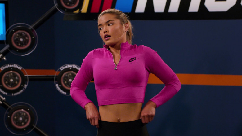 Nike Women's Cropped Top of Paris Berelc as Jessie De La Cruz in The Crew S01E05 (2)