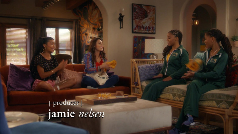 Nike Women's Sneakers in Grown-ish S03E13 NO HALO (2021)