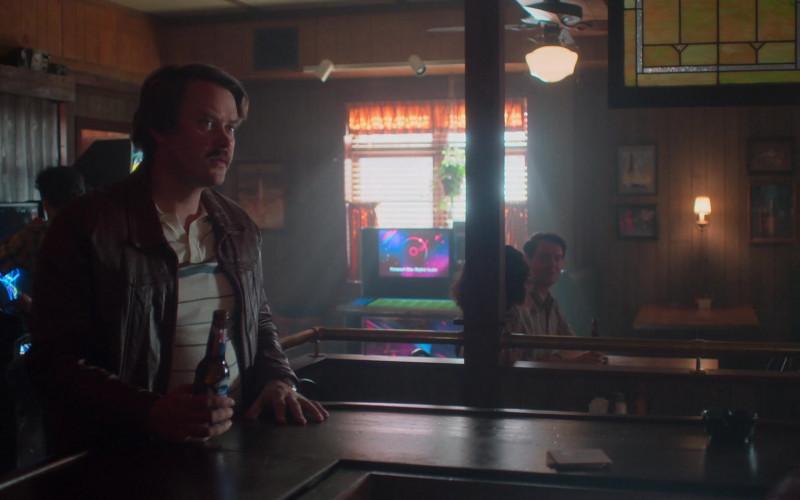 Pabst Blue Ribbon Beer Bottle in For All Mankind S02E02 The Bleeding Edge (2021)