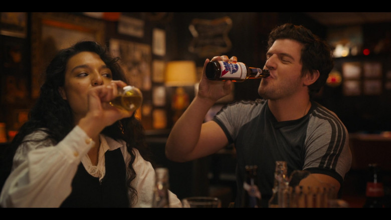 Pabst Blue Ribbon Beer Product Placement in Bridge and Tunnel S01E06 TV Show (6)