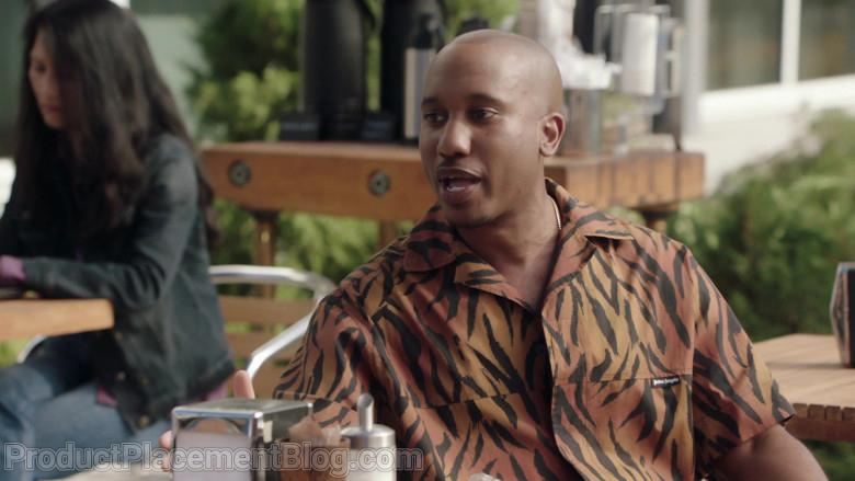 Palm Angels Shirt of Chris Redd as Gary Williams in Kenan S01e01 Pilot (2021)