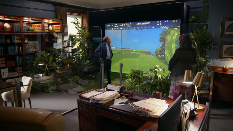 Peter MacNicol as Judge Albert Campbell Playing Foresight Sports Sim in a Box Indoor Virtual Golf Simulator in All Rise S02E09 TV Show (2)