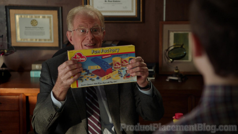 Play-Doh Fun Factory Set Held by Ed Begley Jr. as Professor Linkletter in Young Sheldon S04E07
