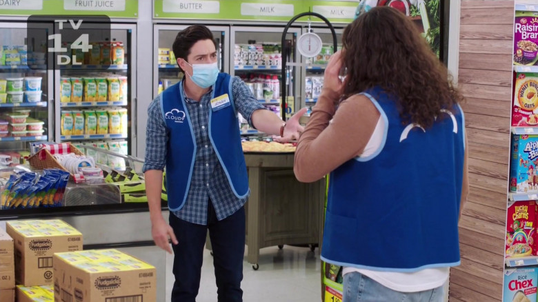 Popsicle Fudgsicle Fudge Pops, Post and General Mills Cereals in Superstore S06E08 Ground Rules (2021)