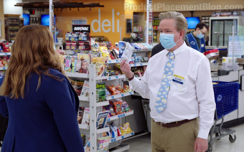Rayovac Batteries in Superstore S06E09 Conspiracy (2021)