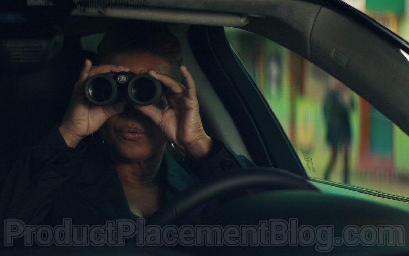 SIG Sauer Binocular Used by Queen Latifah as Robyn McCall in The Equalizer S01E01 (2021)
