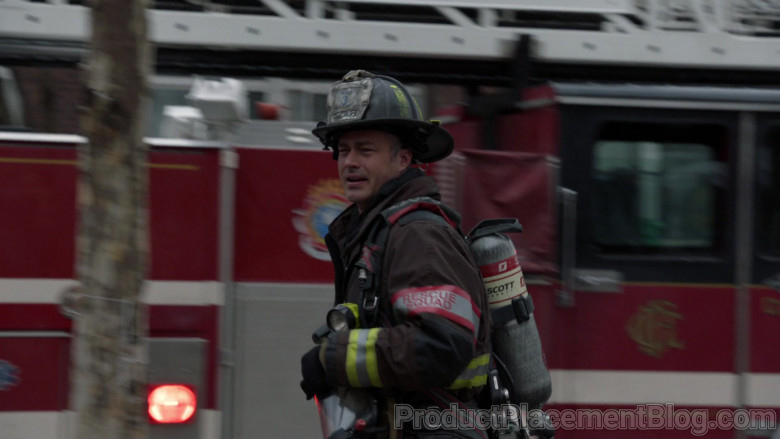 Scott Safety Pro-Vision Breathing Apparatus Kits in Chicago Fire S09E07 (2)