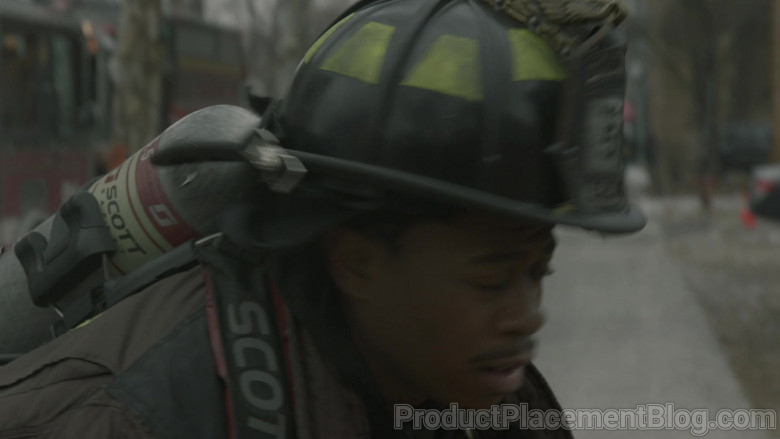 Scott Safety Pro-Vision Breathing Apparatus Kits in Chicago Fire S09E07 (3)