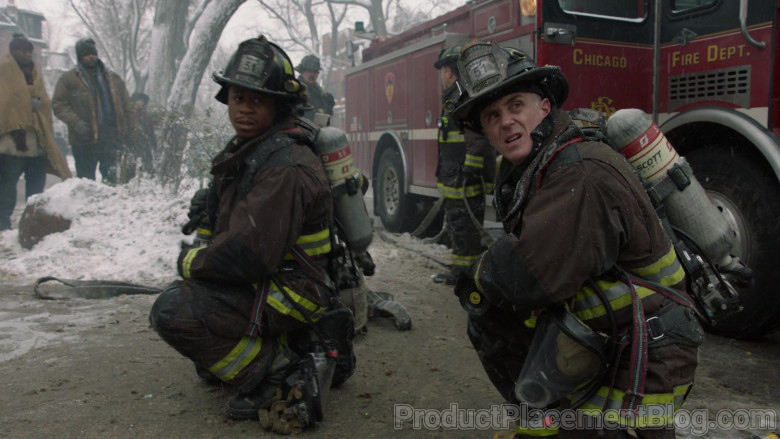 Scott Safety Pro-Vision Breathing Apparatus Kits in Chicago Fire S09E07 (6)