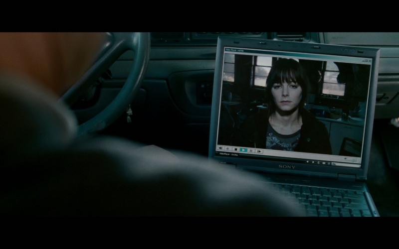 Sony Vaio Laptop in Edge of Darkness (2010)