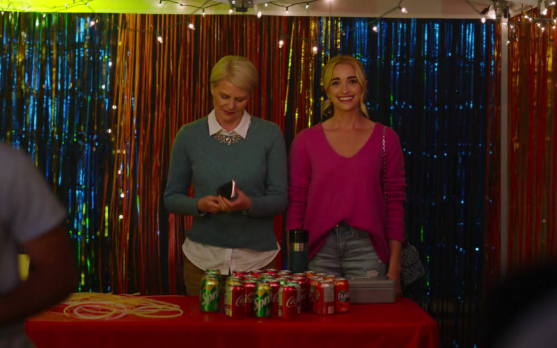 Sprite, Coca-Cola and Fanta Soda Cans in Ginny & Georgia S01E03 TV Show (Netflix Original) (1)
