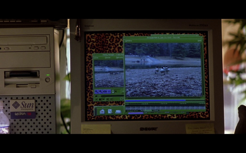 Sun Microsystems Ultra 10 workstation & Sony Trinitron Monitor in Enemy of the State (1998)