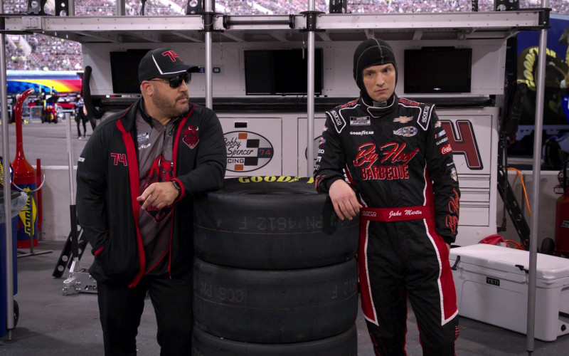Sunoco, Goodyear Tires and Snap-on in The Crew S01E01
