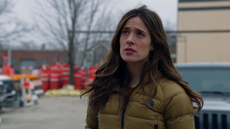 The North Face Women's Jacket Worn by Actress Marina Squerciati as Officer Kim Burgess in Chicago P.D. S08E05 (3)