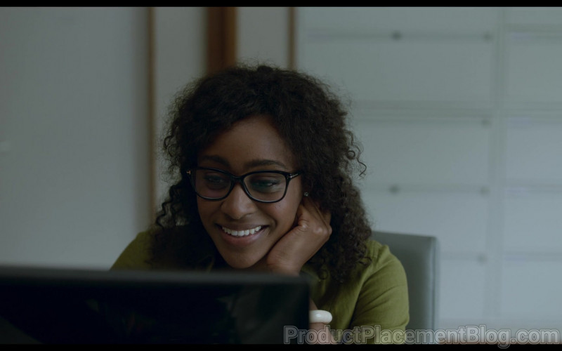 Tom Ford Glasses Worn by Simona Brown as Louise in Behind Her Eyes S01E03 Netflix TV Show (1)