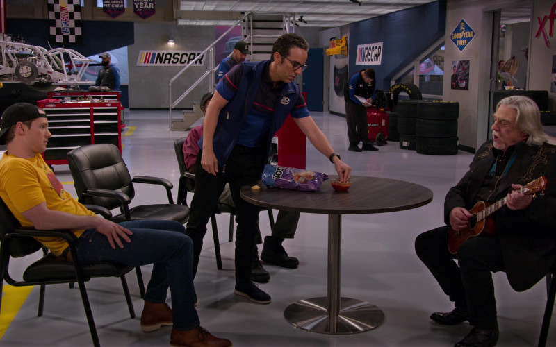 Tostitos Chips Enjoyed by Dan Ahdoot as Amir in The Crew S01E09