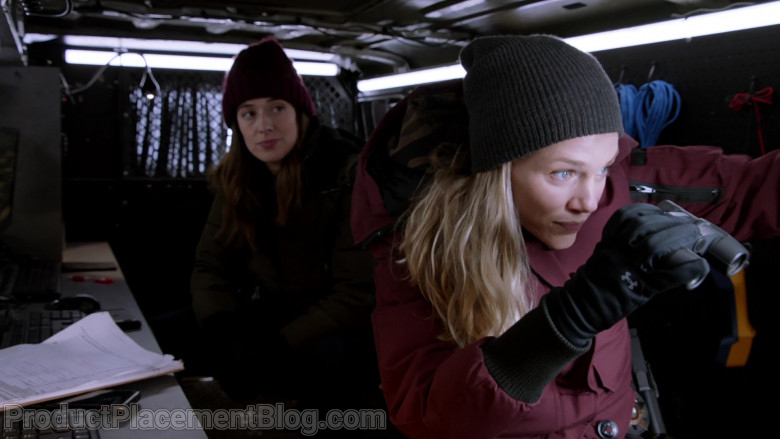 Under Armour Gloves Worn by Actress Tracy Spiridakos as Hailey Upton in Chicago P.D. S08E07
