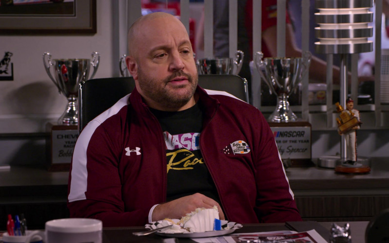 Under Armour Jacket Worn by Kevin James as Kevin Gibson in The Crew S01E01 (3)