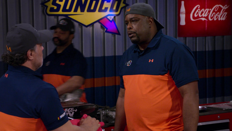 Under Armour Shirts, K&N, Sunoco, Coca-Cola in The Crew S01E04
