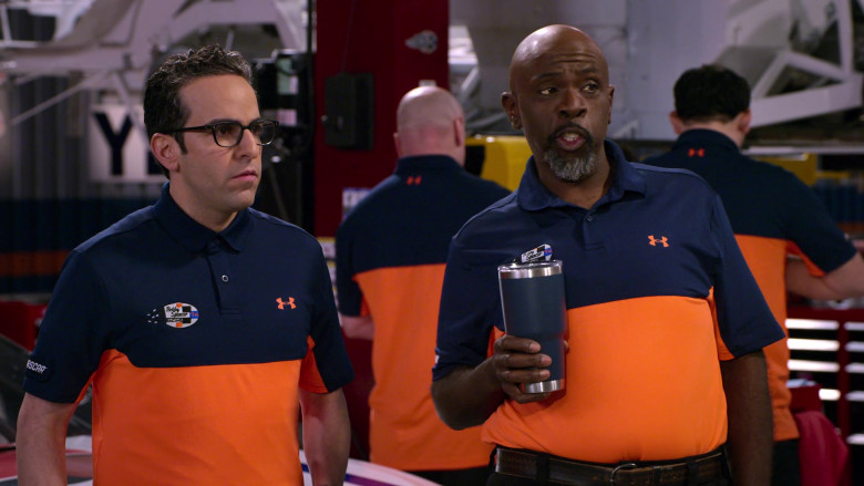 Under Armour Shirts of Gary Anthony Williams & Dan Ahdoot in The Crew S01E04 (2)