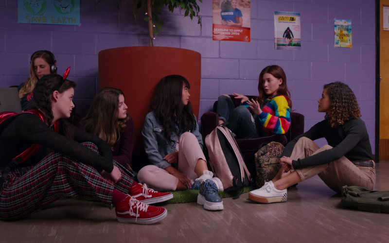 Vans SK-8-Hi Red Sneakers of Sara Waisglass as Maxine in Ginny & Georgia S01E05 Boo, Bitch (2021)