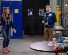 Vizzy Hard Seltzer Drinks in Superstore S06E09 Conspiracy ...