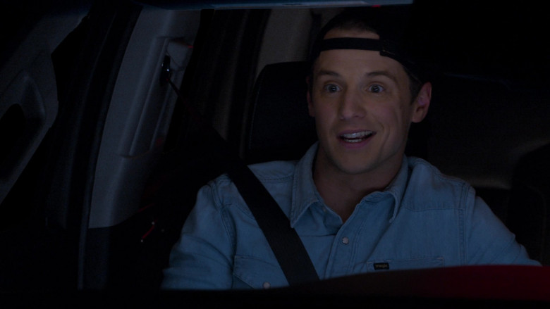 Wrangler Men's Shirt of Freddie Stroma as Jake in The Crew S01E10 (4)