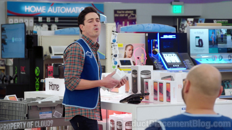Xbox, iHome, SMS Audio and Fitbit in Superstore S06E09 Conspiracy (2021)