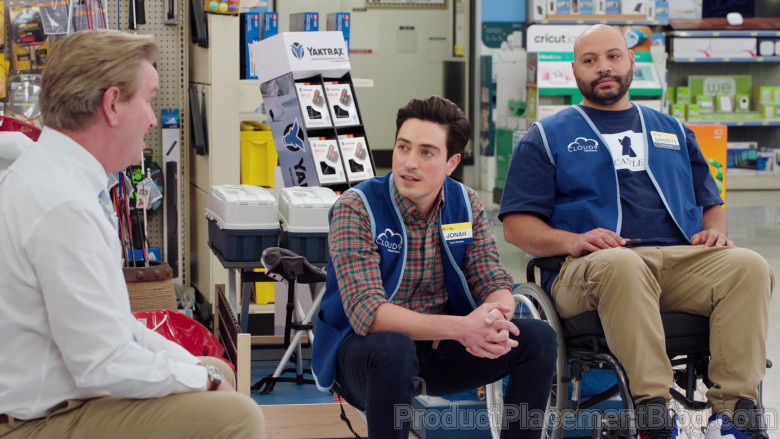 Yaktrax Traction Cleats For Ice and Snow in Superstore S06E09 (1)