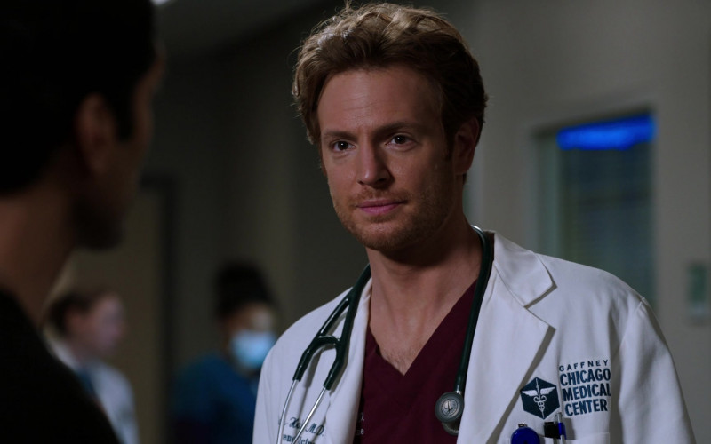 3M Littmann Stethoscope of Nick Gehlfuss as Will Halstead in Chicago Med S06E08 (3)