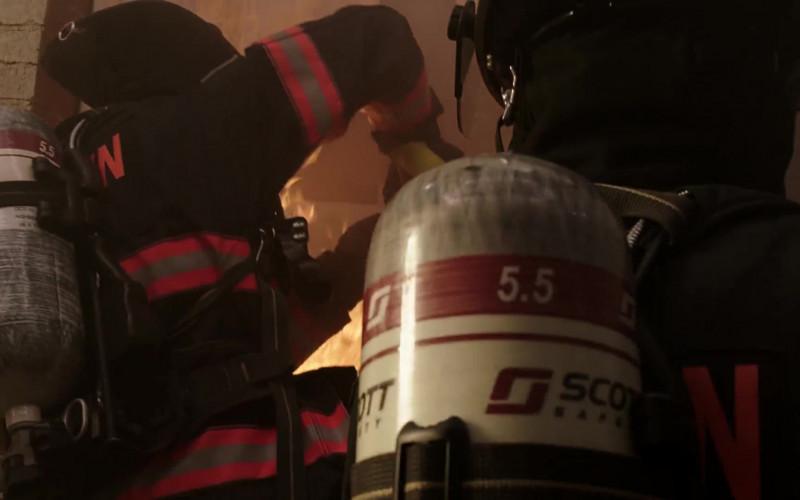 3M Scott Fire & Safety Equipment in 9-1-1 Lone Star S02E08 (1)