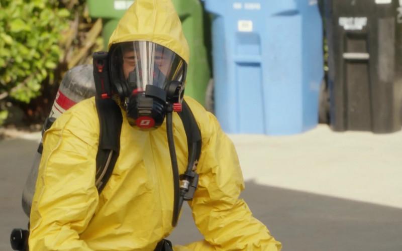 3M Scott Fire & Safety in 9-1-1 S04E07 (1)