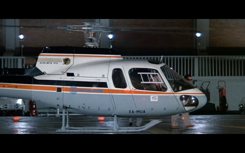 Aérospatiale AS350B Écureuil Helicopter in Licence To Kill (1989)