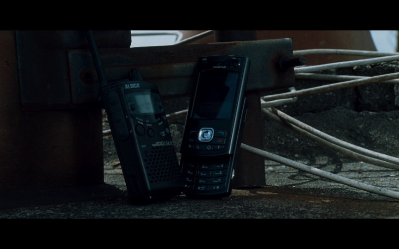 Alinco radio & Nokia N80 Smartphone in Taken (2008)