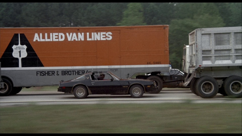 Allied Van Lines Moving Company Truck in Smokey and the Bandit (1977)