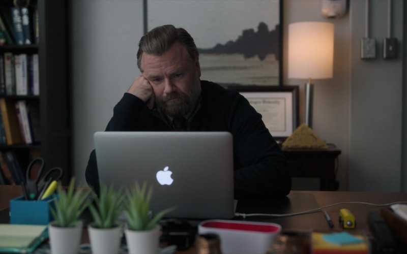 Apple MacBook Air Laptop of Tyler Labine as Dr. Ignatius 'Iggy' Frome in New Amsterdam S03E03 TV Show (1)