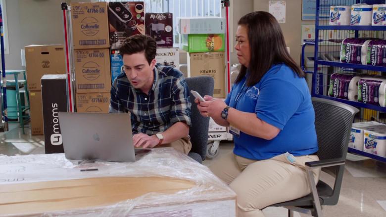 Apple MacBook Laptop, 4Moms, Cottonelle, Mr. Coffee, Crock-Pot, Keurig, Scott, Quilted Northern in Superstore S06E13 Lowell Anderson (2021)