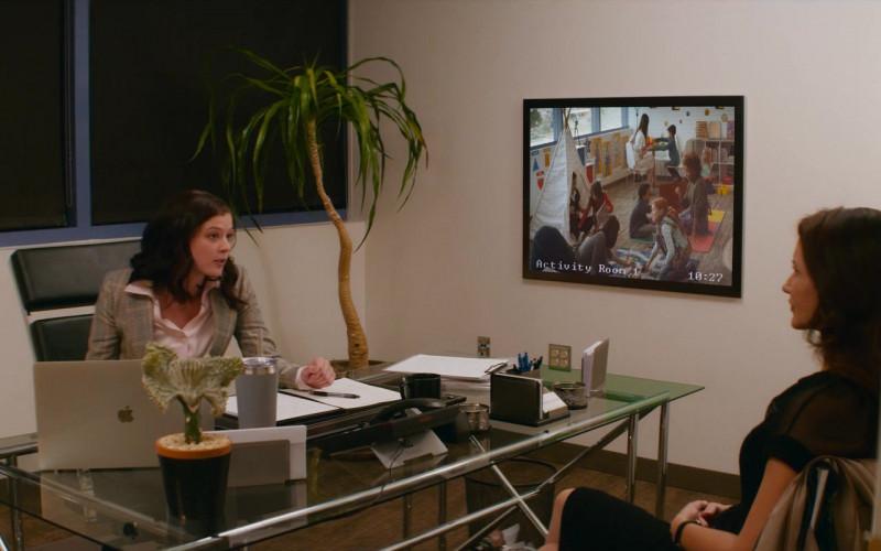 Apple MacBook Laptop of Ellen Humphreys as Angela Huntsman in Deadly Illusions Movie (1)