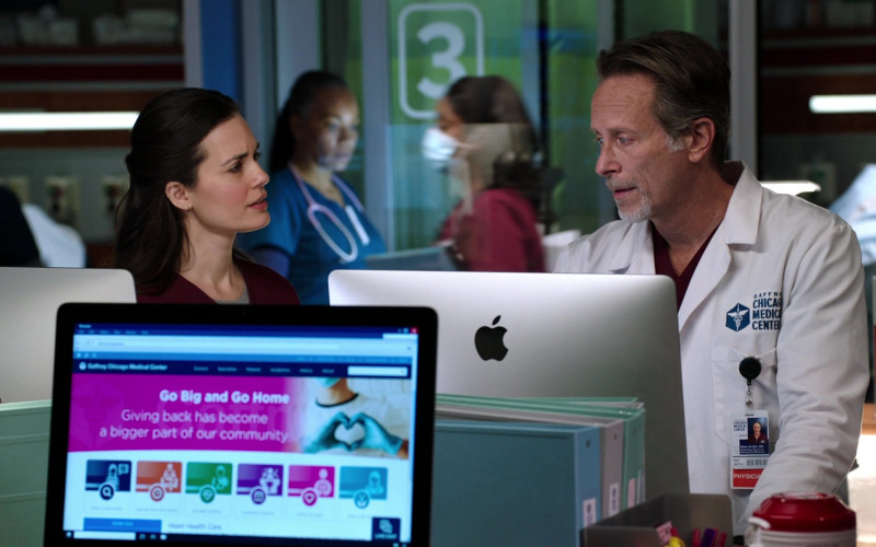 Apple iMac Computers Used by Cast Members in Chicago Med S06E09 TV Show (1)