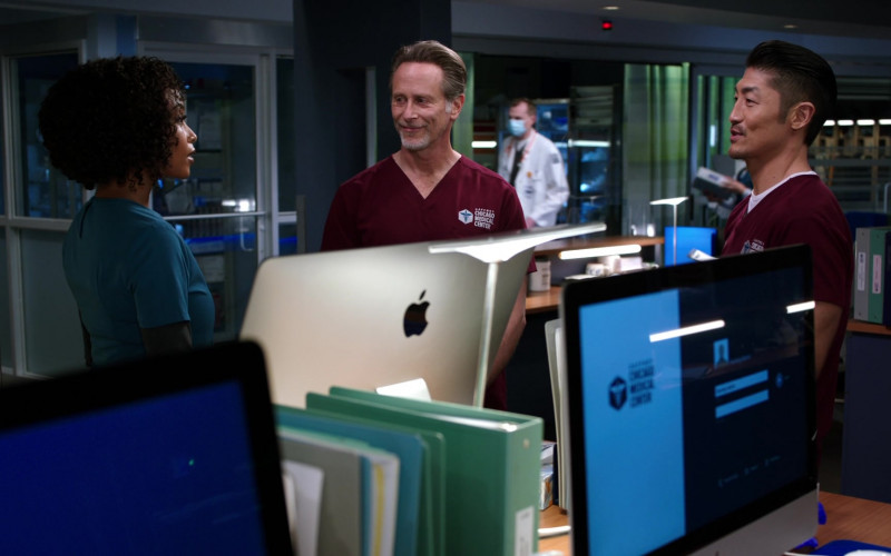 Apple iMac Computers in Chicago Med S06E08 (2)