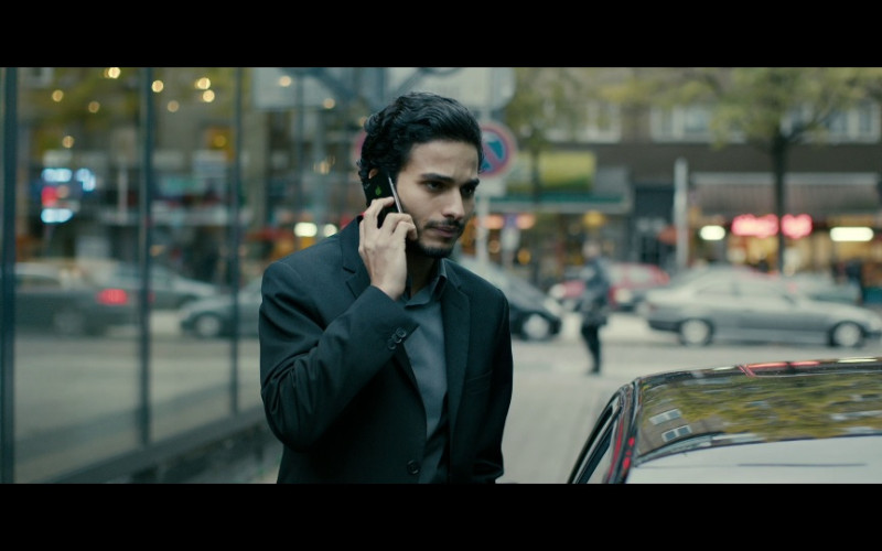Apple iPhone Smartphone in A Most Wanted Man (2014)