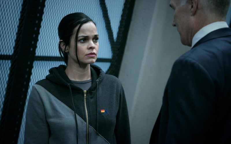 Aviator Nation Women's Hoodie Outfit of Lina Esco as Officer III Christina Alonso in S.W.A.T. S04E10 TV Show (1)