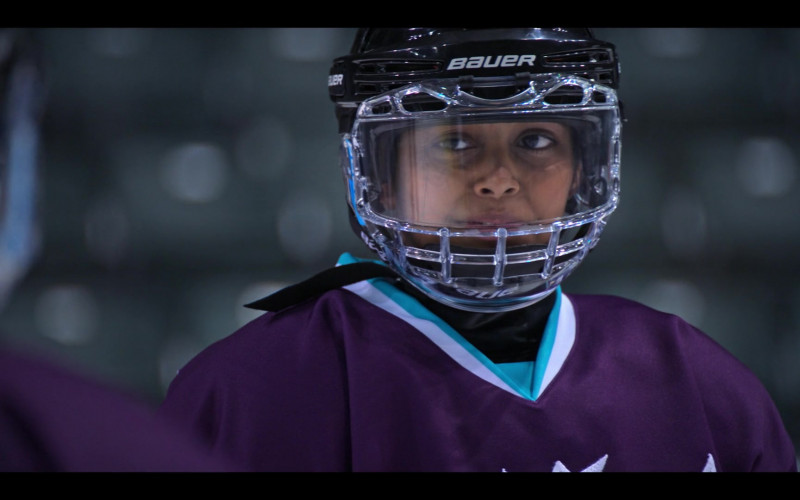 Bauer Hockey Helmet of Brady Noon as Evan Morrow in The Mighty Ducks Game Changers S01E01 (2)