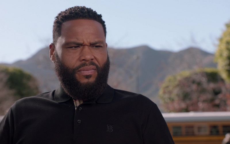 Burberry Black Polo Shirt Worn by Anthony Anderson as Dre Johnson in Black-ish S07E16 2021 (2)