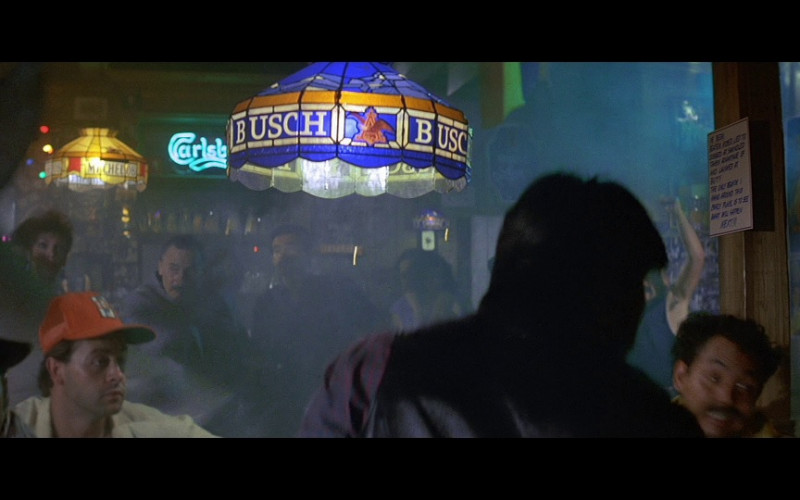 Busch beer lamp in Licence To Kill (1989)