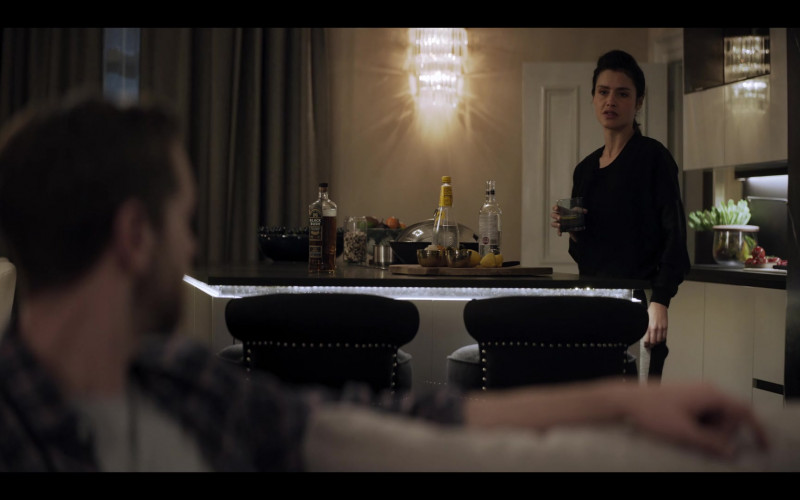 Bushmills Black Bush Whiskey Enjoyed by Hannah Ware stars as Rebecca in The One S01E01 (2021)