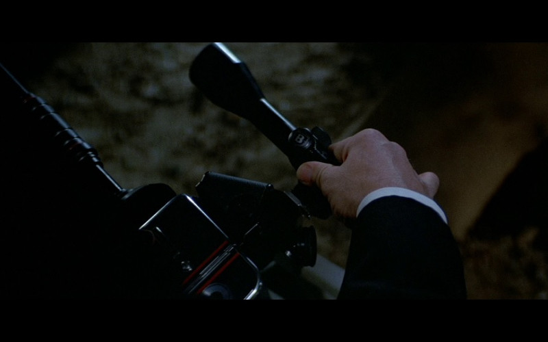 Bushnell Scope in Licence To Kill (1989)