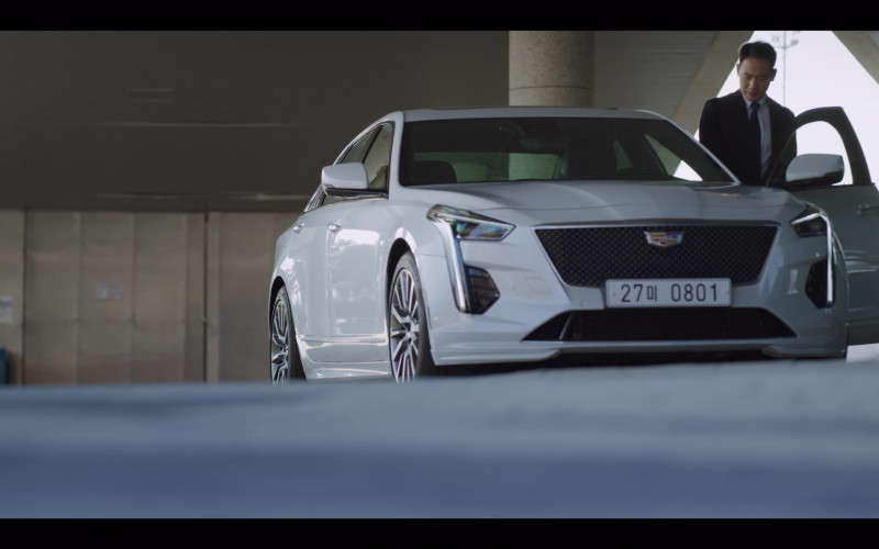 Cadillac CT6 Cars in Vincenzo S01E08 South Korean TV Show Product Placement (1)