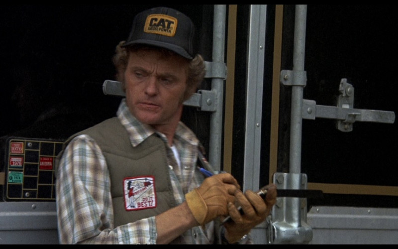 Caterpillar Cap (CAT Diesel Power Patch) in Smokey and the Bandit (1977)